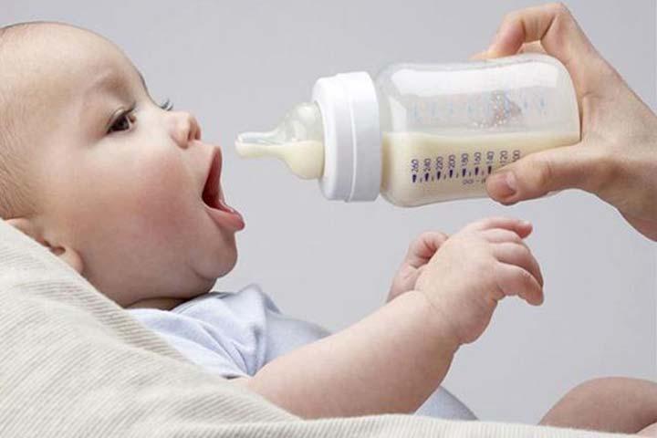 วิธีให้นมเด็กทารก